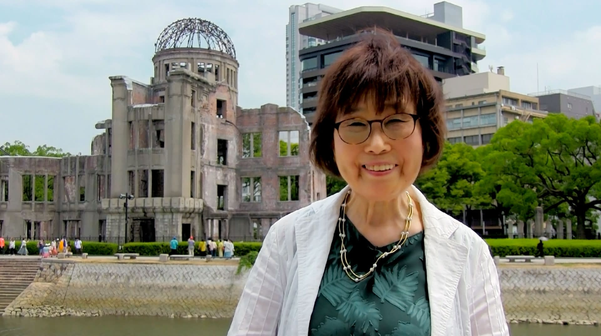 Keiko Ogura in front of the A-bomb Dome